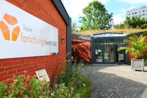 In der Kieler Forschungswerkstatt findet am 14. Mai eine Fortbildung für Lehrkräfte zum Thema Nanotechnologie statt