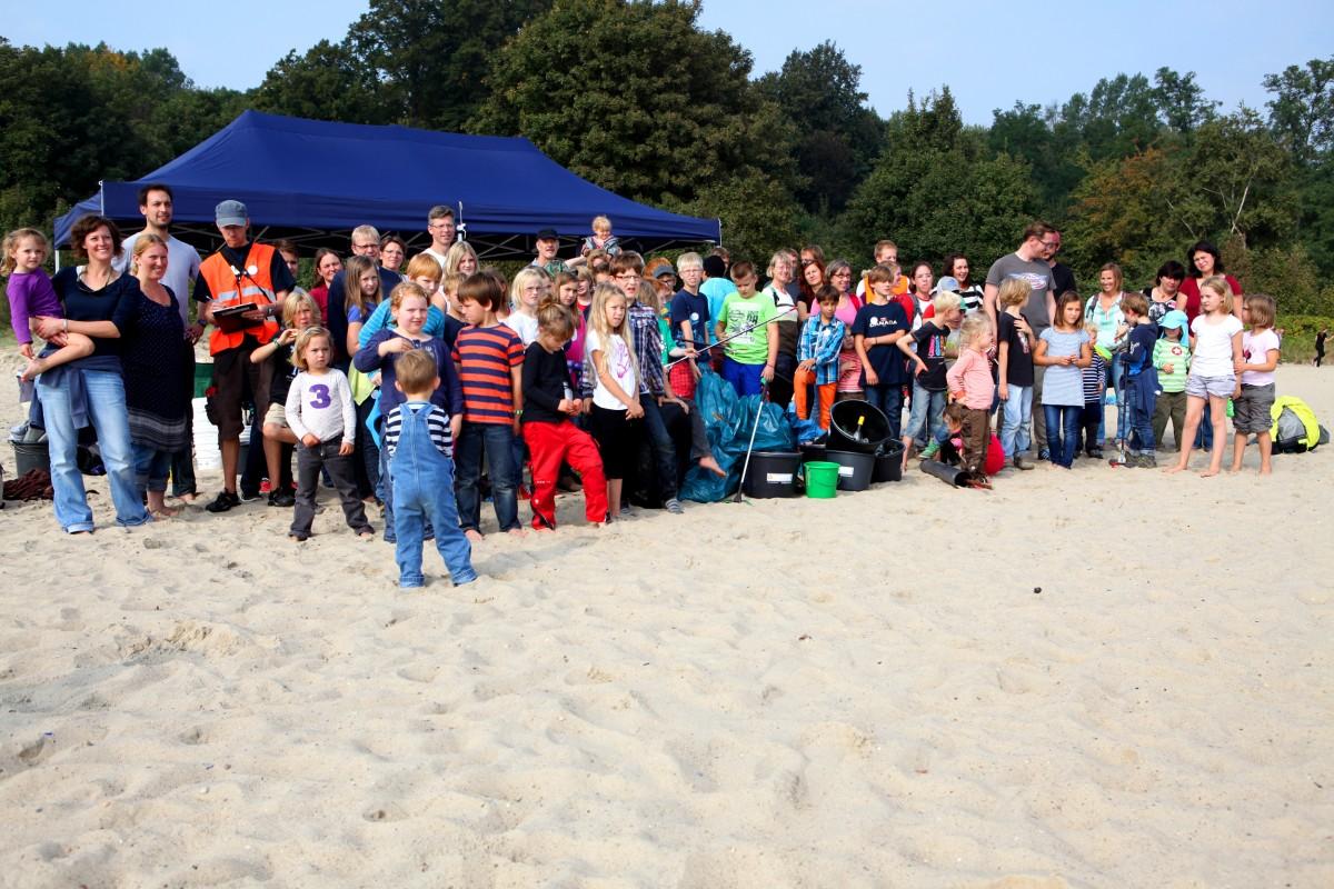 Coastal Cleanup an der Kieler Förde