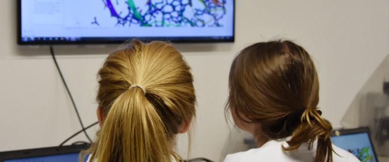 Im Programm klick erfahren Schülerinnen und Schüler mehr über die Nanowissenschaften