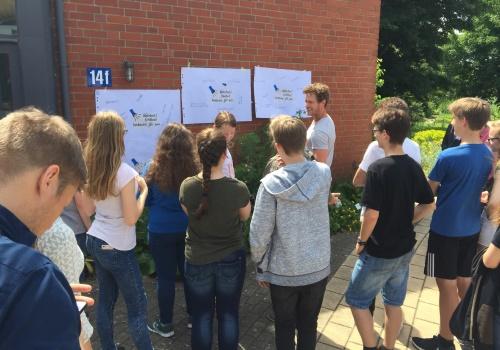 Schülerinnen und Schüler lernen im zeit:werk den kritischen Umgang mit Informationen aus dem Internet